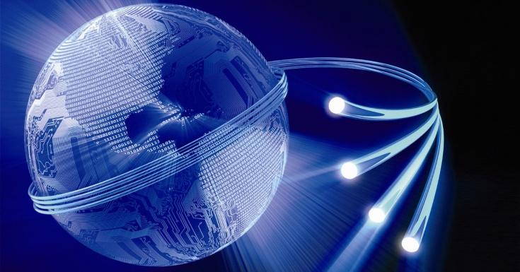 Hitos y curiosidades sobre la fibra óptica en España