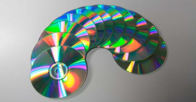 Curiosidad: ¿Por qué los CD de música duran 74 minutos y 33 segundos?