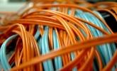 Qué es la fibra óptica simétrica, cómo funciona y cómo medir la velocidad de subida y bajada