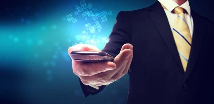 Cómo usar el móvil como router para conectarse con seguridad