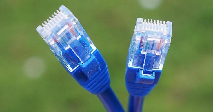¿Necesito un cable nuevo para que la fibra vaya rápida?